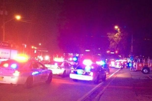 Стрельба в ночном гей-клубе Флориды: много раненых
