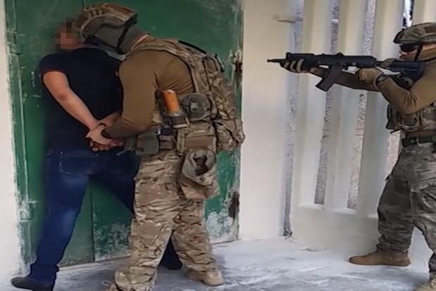 Милиционера, продававшего «ДНР» информационную базу ГАИ, задержали вМариуполе