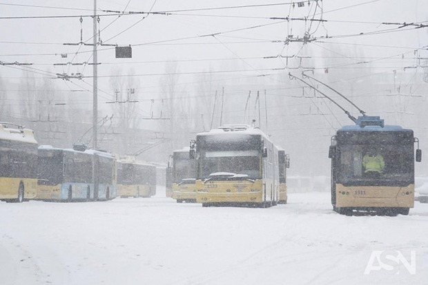 До 15 сантиметров снега: Синоптики предупреждают о резком ухудшении погоды
