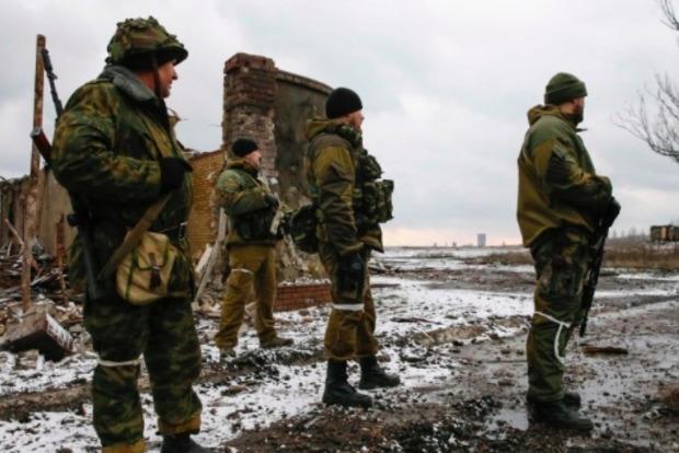 На Донбассе боевики с начала суток 14 раз обстреляли позиции ВСУ