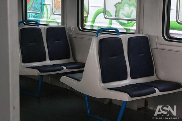 Прокатились: Под Житомиром милиция высадила споезда 30 пассажиров