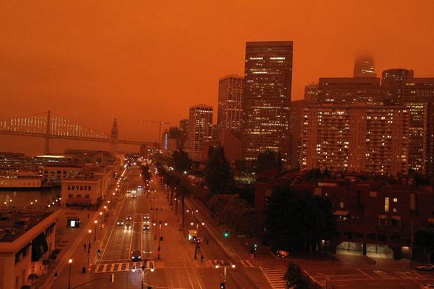 В продолжающихся пожарах в США погибло уже больше 30 человек
