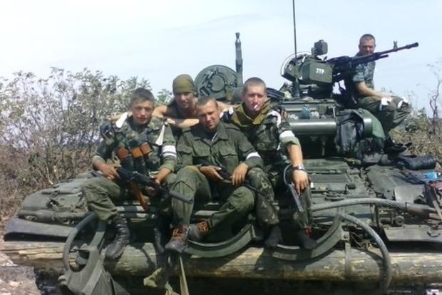 Российских военных на Донбассе массово проверяют на наркозависимость, нескольких офицеров отстранили