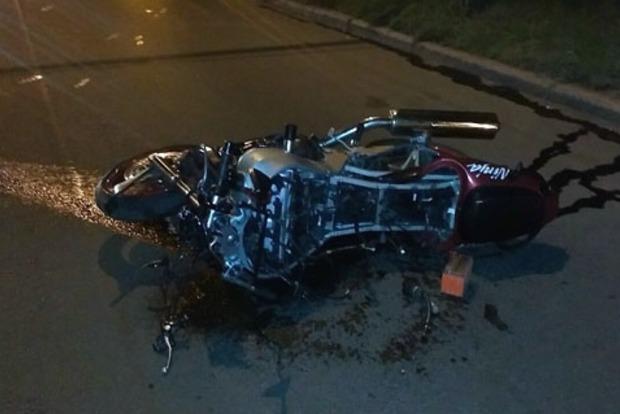 В Полтаве мотоциклист наехал на пешехода, два человека погибли