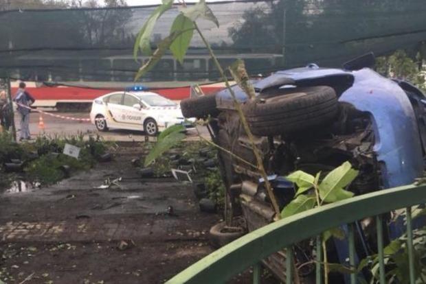У Києві п'яний водій збив на смерть жінку та заснув на місці ДТП