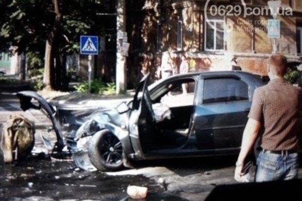 Жуткое ДТП в Мариуполе: маршрутка раздавила два авто
