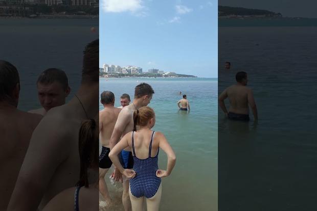 Говн...ные ванны: на российском курорте отдыхающие купаются в фекалиях из гостиниц