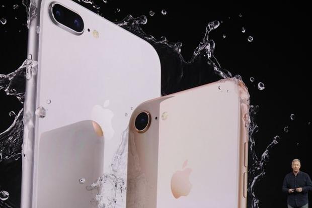 Он снова стеклянный: Apple презентовала iPhone 8 и 8 Plus
