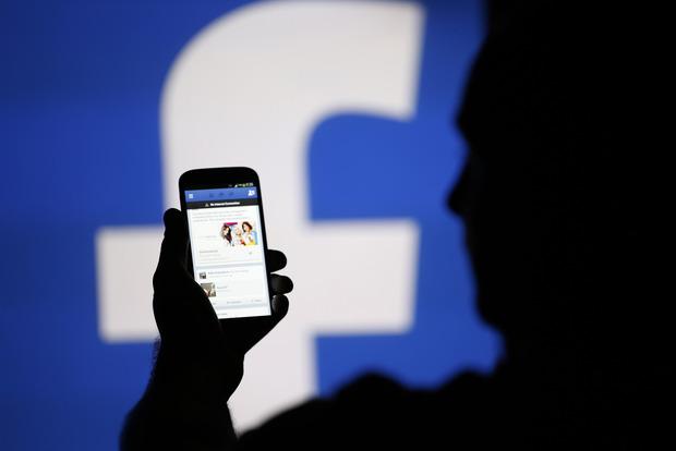 Facebook перед выборами подчистил аккаунты в Германии