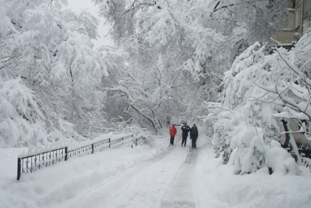 Синоптик рассказала, когда в Украину вернется снег