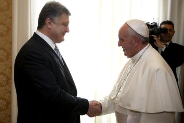 Порошенко отправился на встречу с Папой Римским