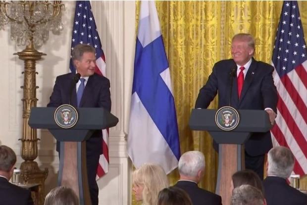 Дональд Трамп снова опростоволосился, перепутав финских журналисток