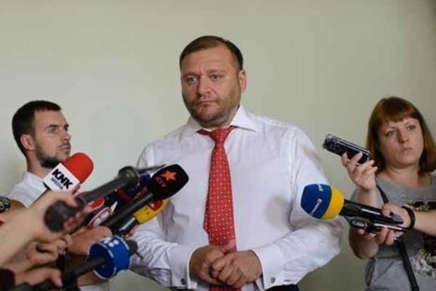 Добкин просит суд отпустить его под личное обязательство