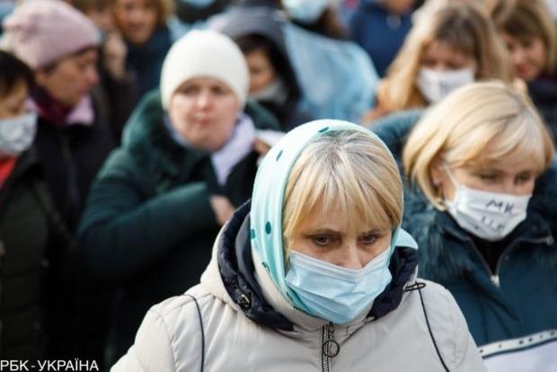 Локдаун закінчився. Експерти прогнозують стрибок смертності від коронавируса вже в лютому.