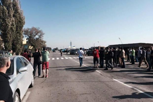 Кива: На границе с Крымом не осталось грузовых автомобилей
