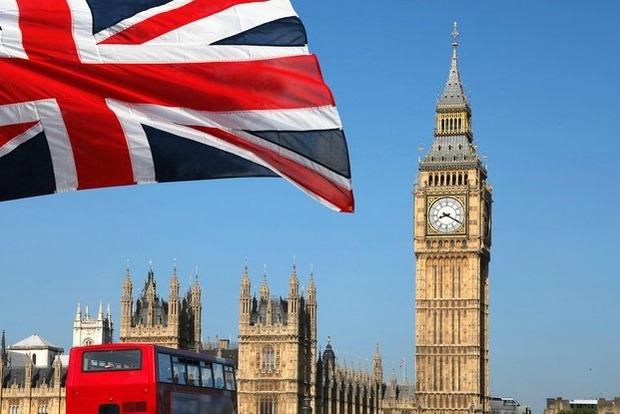 Британія припиняє видачу віз