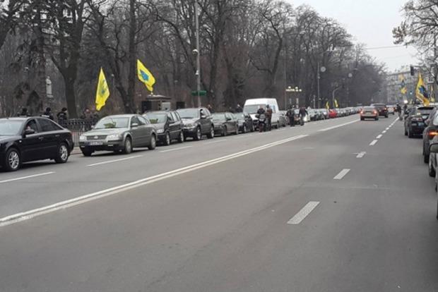 Пересечники устроили скандал возле Чопского пограничного отряда