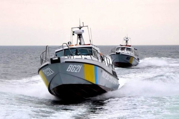 Защита от агрессии РФ: Украина возводит башни в Азовском море