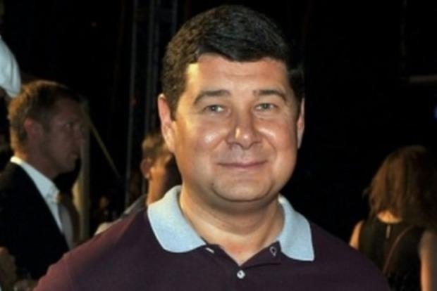 В приемной Онищенко проходит обыск