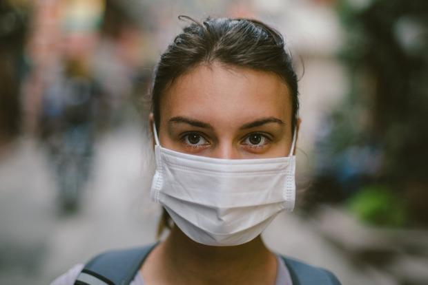 «Ношение маски не снижает уровень кислорода» 5 мифов, в которые нужно перестать верить