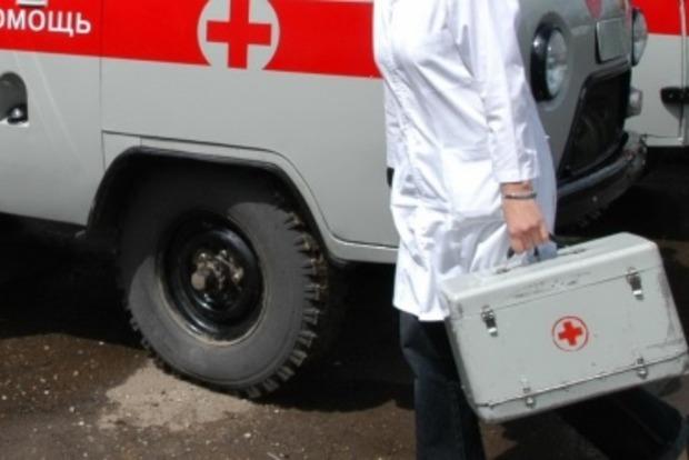В Донецкой области два мирных жителя ранены