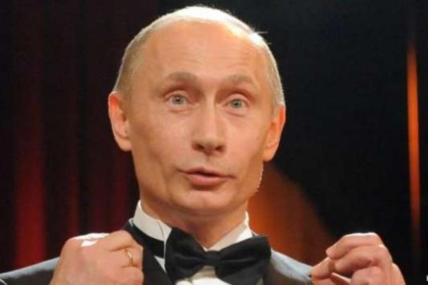 Путин на Новый год решил посмотреть свое же обращение к россиянам