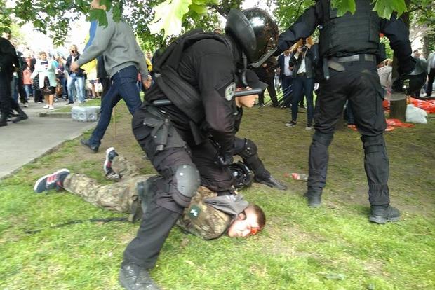 Полиция в Днипре избила около 20 ветеранов АТО