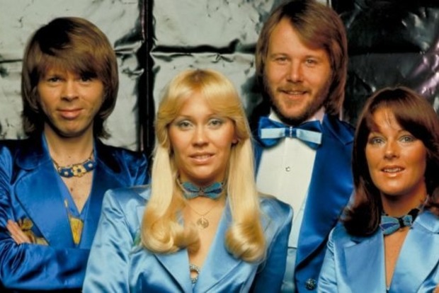 Легендарная ABBA проведет виртуальное турне вместо людей петь будут аватары