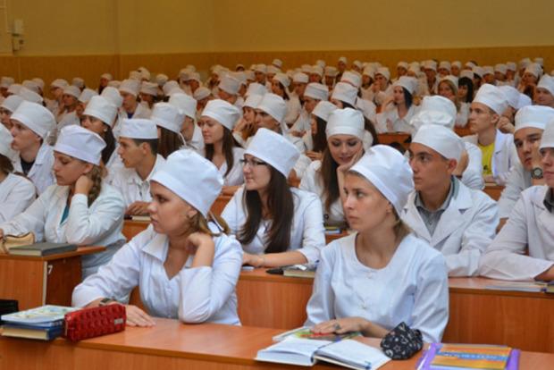 Сирия, Ливан, Ирак, Палестина прекратили признавать украинские меддипломы