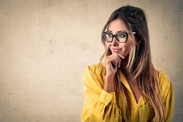 Ученые определили, какие женщины привлекательней для мужчин