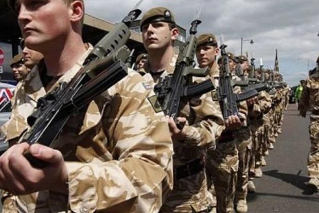 Армия Великобритании потренирует бойцов Нацгвардии