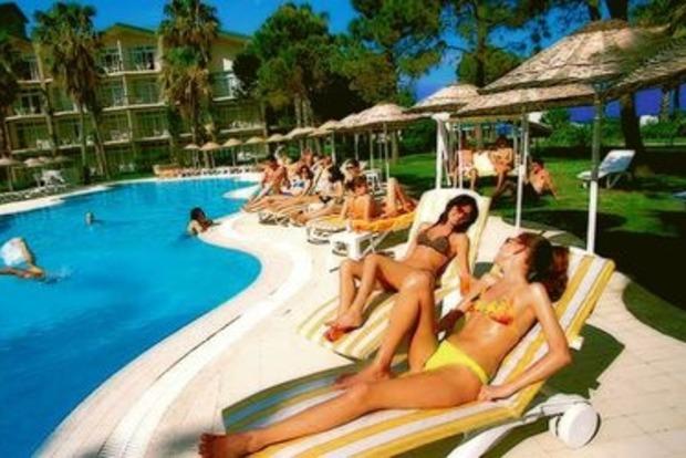 Больше половины  украинских туристов, которые посещают Турцию, отдыхают в Анталии