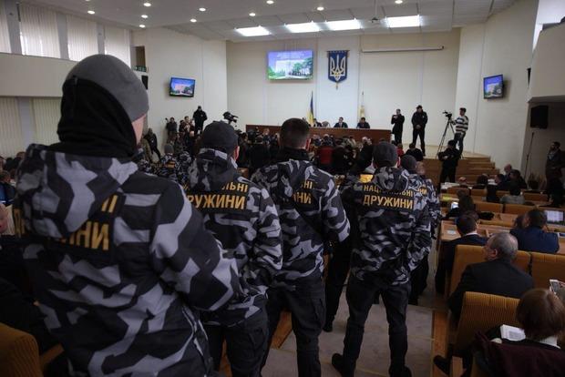 Николаевский облсовет дал губернатору Савченко две недели