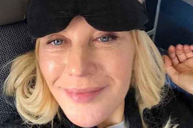 Це хто?. Українська співачка-любителька Росії вжахнула зовнішнім виглядом