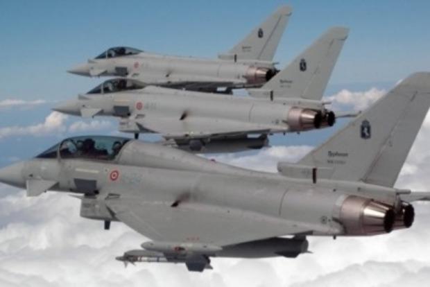 Британские ВВС перехватили над Черным морем шесть российских бомбардировщиков