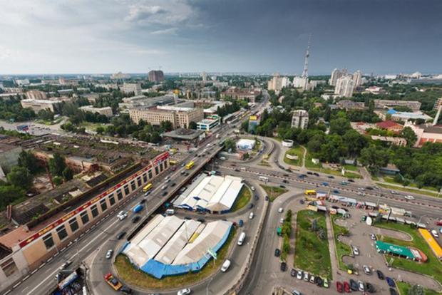 В Киеве прорвало теплосеть: 78 домов без горячей воды