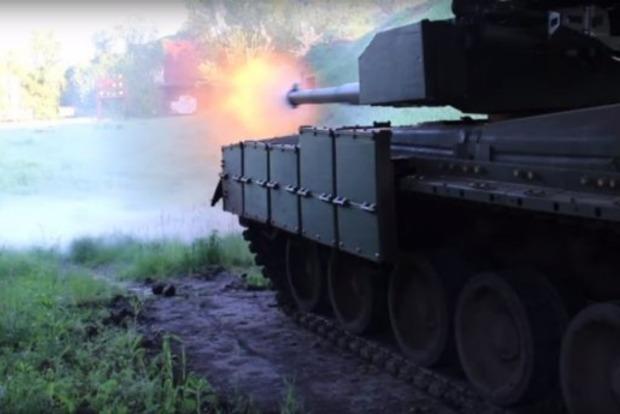 В сети показали эффектное видео с украинскими танками «Оплот»
