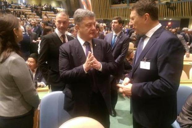 Порошенко в США начал встречи с политиками