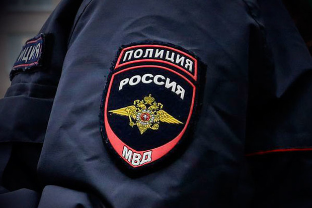 Пациент сбежал из больницы в РФ и угнал автомобиль, чтобы «подвезти Всевышнего»
