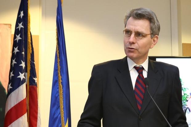 Посол США одобрил решение Мартыненко и назначение антикоррупционного прокурора