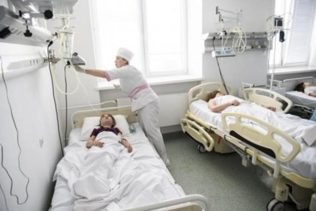 Масове отруєння дітей в Черкасах: Лікарі б'ють на сполох