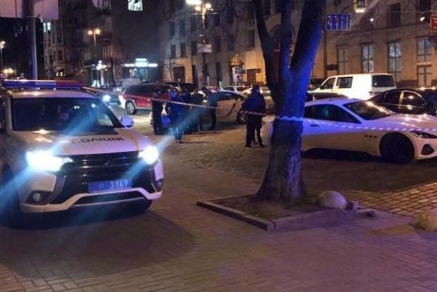 У центрі Києва мажор на Maserati влаштував стрілянину після ДТП