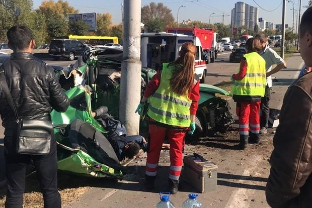 Кровавое побоище на полосе общественного транспорта: два трупа, много раненных