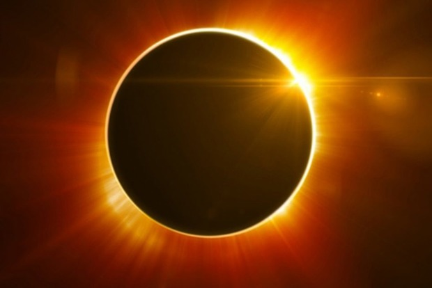 Богатство, признание, самореализация: Позитивное Солнечное Затмение в августе 2018 года