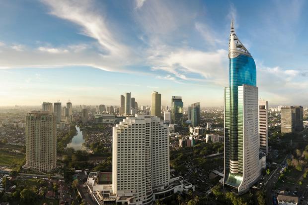 Возле автобусной станции в Джакарте прогремели два взрыва