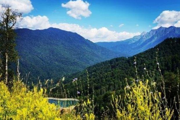 Невероятно красивое утро в горах