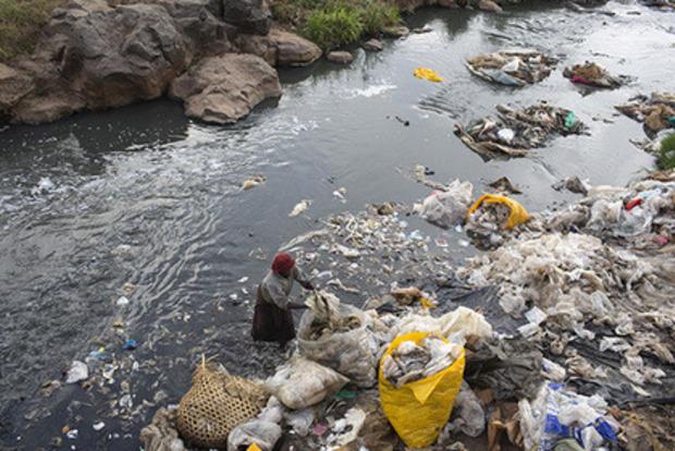 В Кении будут сажать в тюрьму за использование пластиковых пакетов