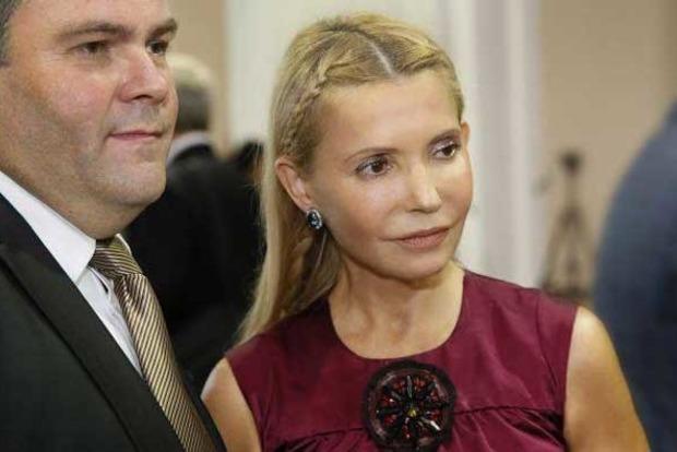 Мать драконов: новый имидж Тимошенко высмеяли в сети