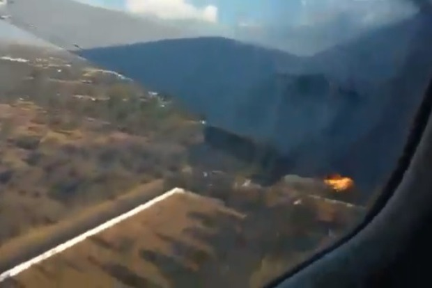 Снимал до последнего: отчаянный пассажир записал на видео, как разбился его самолет