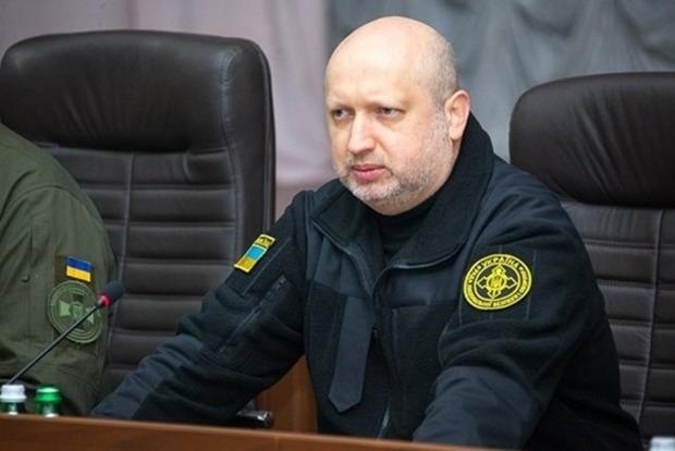 Турчинов сказал, когда армия РФ начнет масштабное наступление на Донбассе